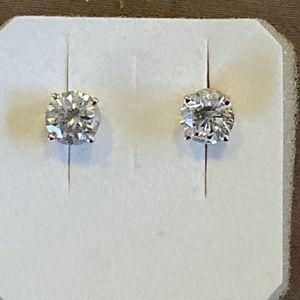 2.28 CT Diamond Earrings